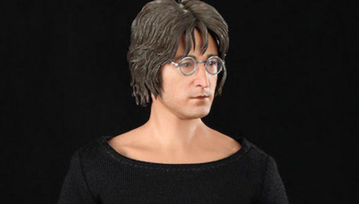 Un'action figure dedicata a John Lennon