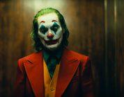 Joker, il primo trailer del film dedicato al clown del crimine DC Comics