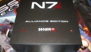 Nuove foto della Mass Effect 3 Alliance Edition in anteprima!