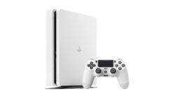 PS4 Slim bianca in arrivo a fine mese