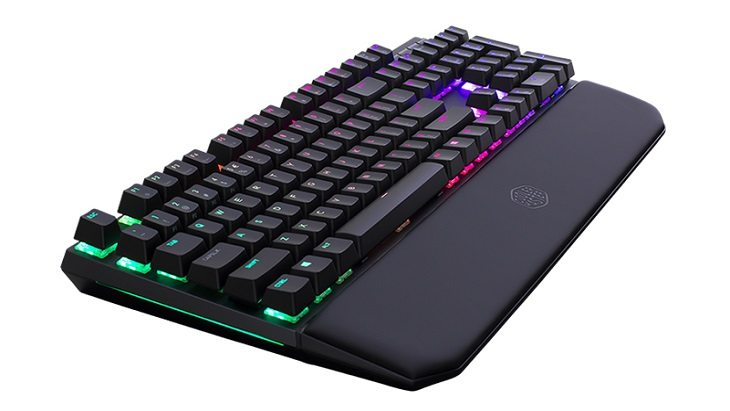 Cooler master presenta masterkeys mk750 gamesoul.it