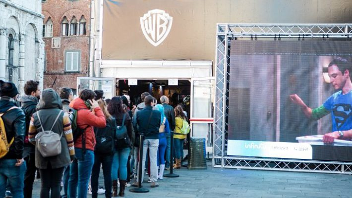 Warner Bros Justice League Jumanji Lucca Comics & Games 2017
