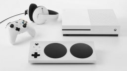 Ecco Xbox Adaptive Controller, finalmente il gioco è per tutti