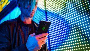 Razer taglia il prezzo al Razer Phone 2, ma solo per un periodo limitato