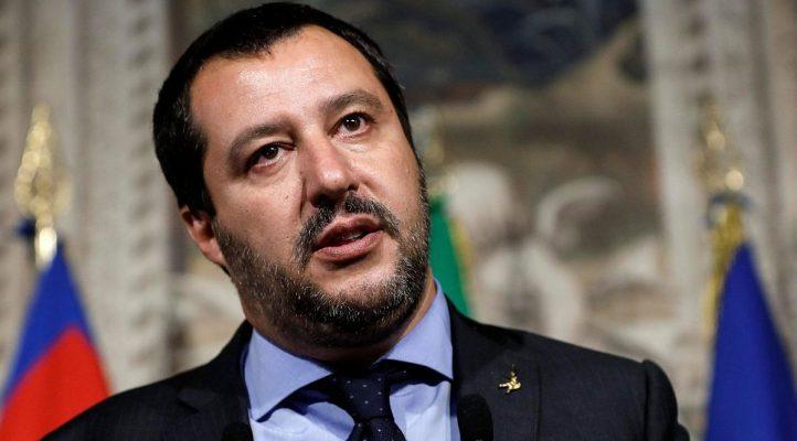 La diretta Facebook di Salvini si interrompe e compare una gamer filippina