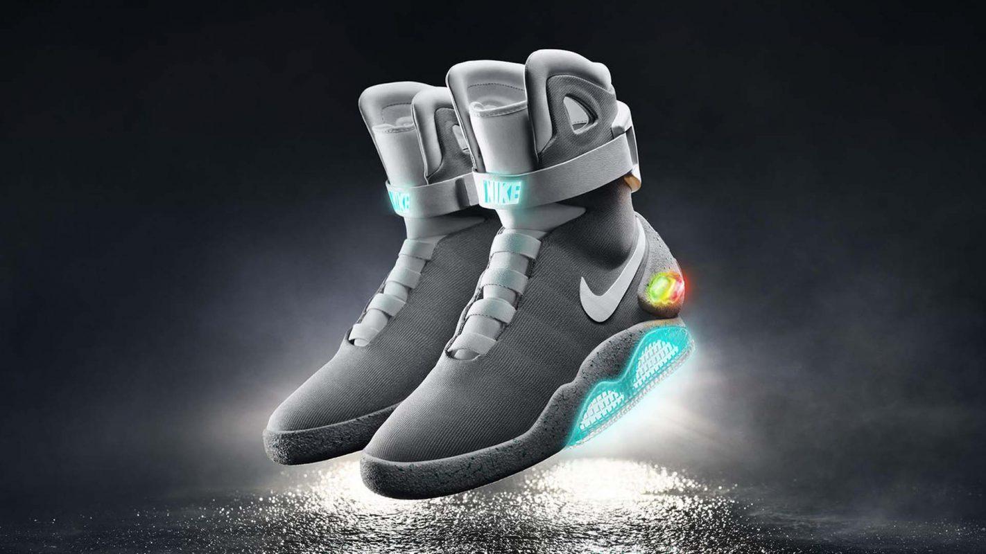 nike autoallaccianti. Facebook Twitter Google+ WhatsApp Share. Ricordate le  iconiche Nike Air Mag ceea1db56f3