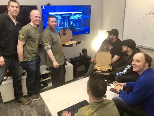 I fan ringraziano 343 Industries per Halo su PC… sommergendoli di pizza