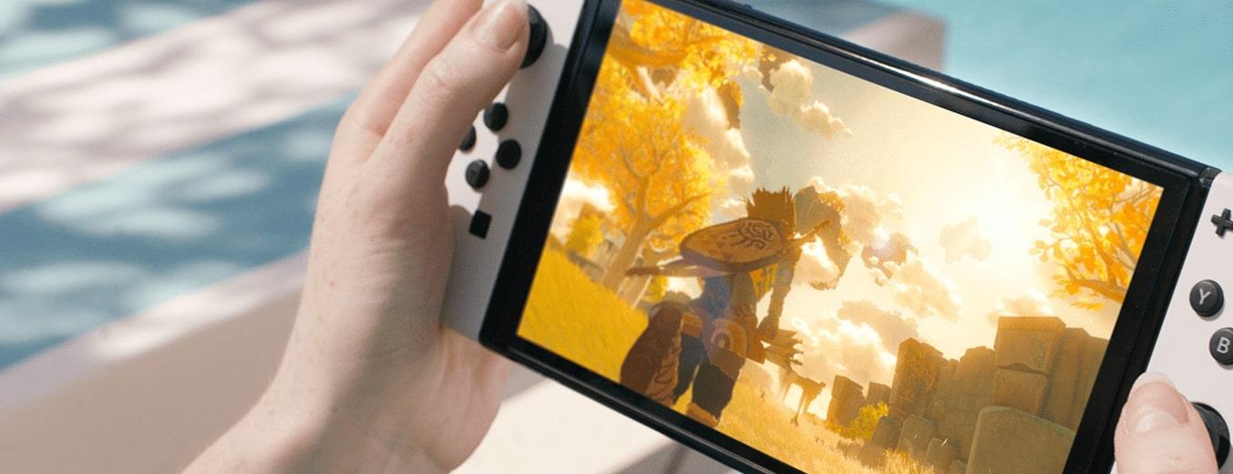 Nintendo Switch OLED editoriale